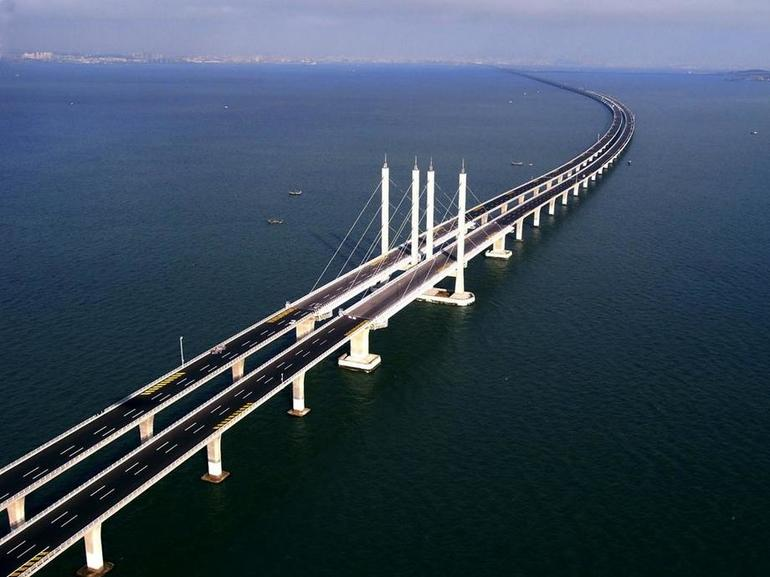 Циндаоский мост в Китае
