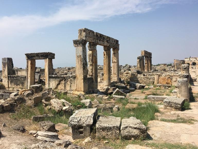 Достопримечательности древнего Иерополиса