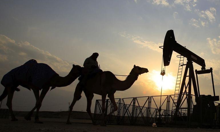 История нахождения нефти